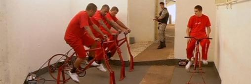 Des prisonniers pédalent pour réduire leur peine !
