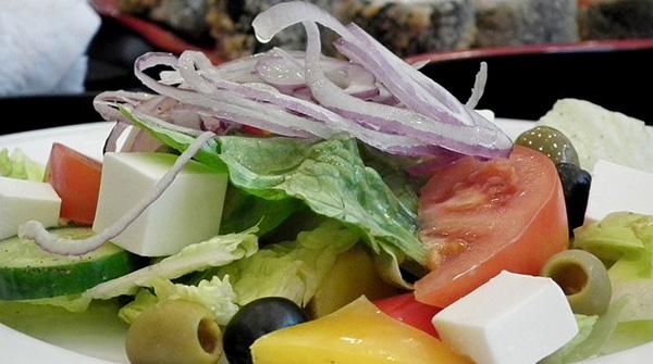 Pourquoi pas une salade grecque?