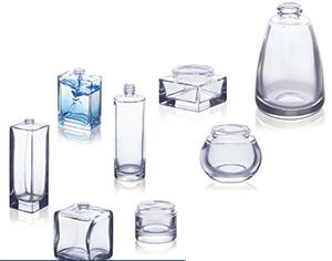 Flacon SDG La Cosmétique et le verre infini : du recyclage à 100%