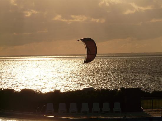 15 écogestes à la plage et à la mer Plage-ocean-sport-kitesurf