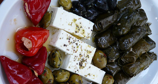 feta-fromage-olives-riz-plat-grec