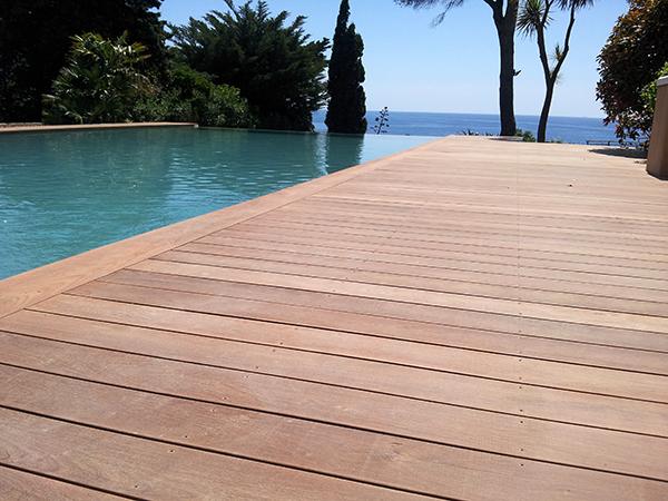 entretien idéal pour entretenir ou rénover sa terrasse en bois
