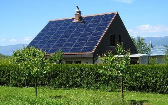 Toits panneaux solaires