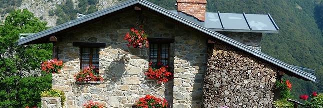 maison-traditionnelle-montagne-habitat-durable-00-ban