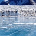 Antarctique : derrière la réserve naturelle, la bataille du pétrole...