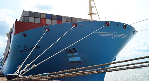 bateau-navire-porte-container-conteneur-transport-01