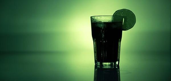 cocktail-boisson-verte-fruits-anti-cholesterol-01