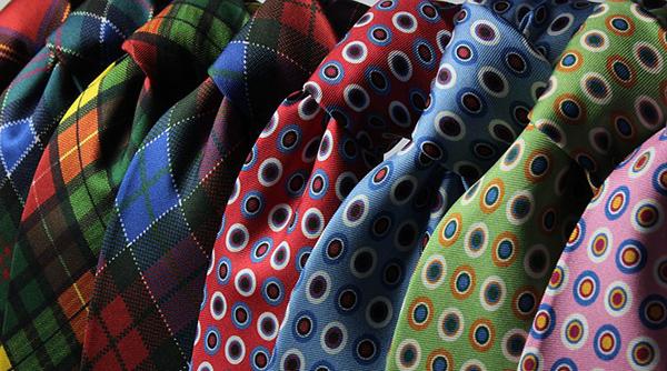 cravates-vetements-recyclage-01