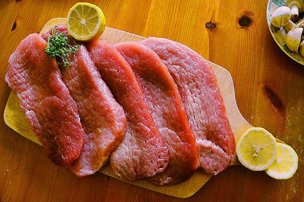 viande-rouge-charcuterie-animal-vache-manger