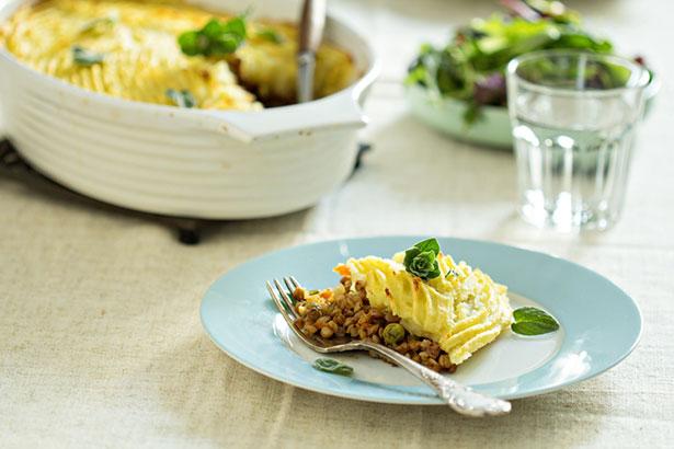 Sujet unique : Recettes Vegan pour tous !  Shutterstock-pate-chinois-lentilles-recette-vegetarienne