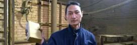En Chine, un artiste aspire l'air pollué et le transforme en brique