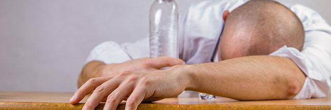 Montage du vendredi soir 2015/2019 - Page 2 Huiles-essentielles-alcool-ban