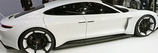 Bientôt une Porsche 911 version propre? Le luxe s'électrise