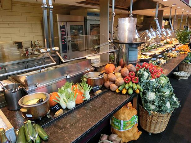 large-kitchen-393617_640-les-cantines-bio-se-rebellent
