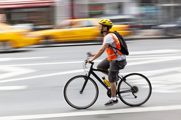 port du casque à vélo obligatoire