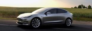Tesla lance enfin un véhicule électrique à un prix plus accessible