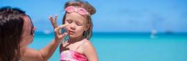 Santé: attention aux crèmes solaires pour enfants!