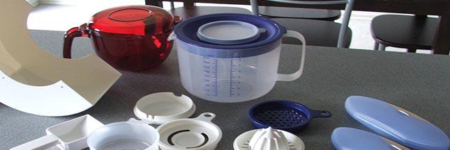 Tupperware boîtes en plastique