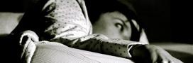 Insomnies: faut-il rester couché ou se lever?