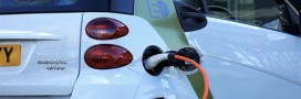 Voitures électriques: le cobalt extrait par les enfants dans leurs batteries?