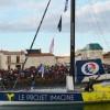 Heurté par un OFNI, un skipper du Vendée Globe déplore : 'La mer n'est pas propre'