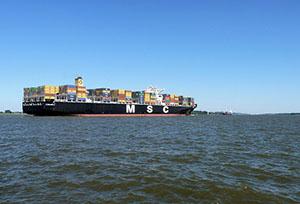 porte-conteneurs transport maritime